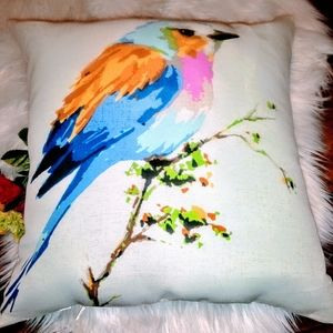 🐦NWOT! Pier 1 Birdie Throw Pillow 🐦
